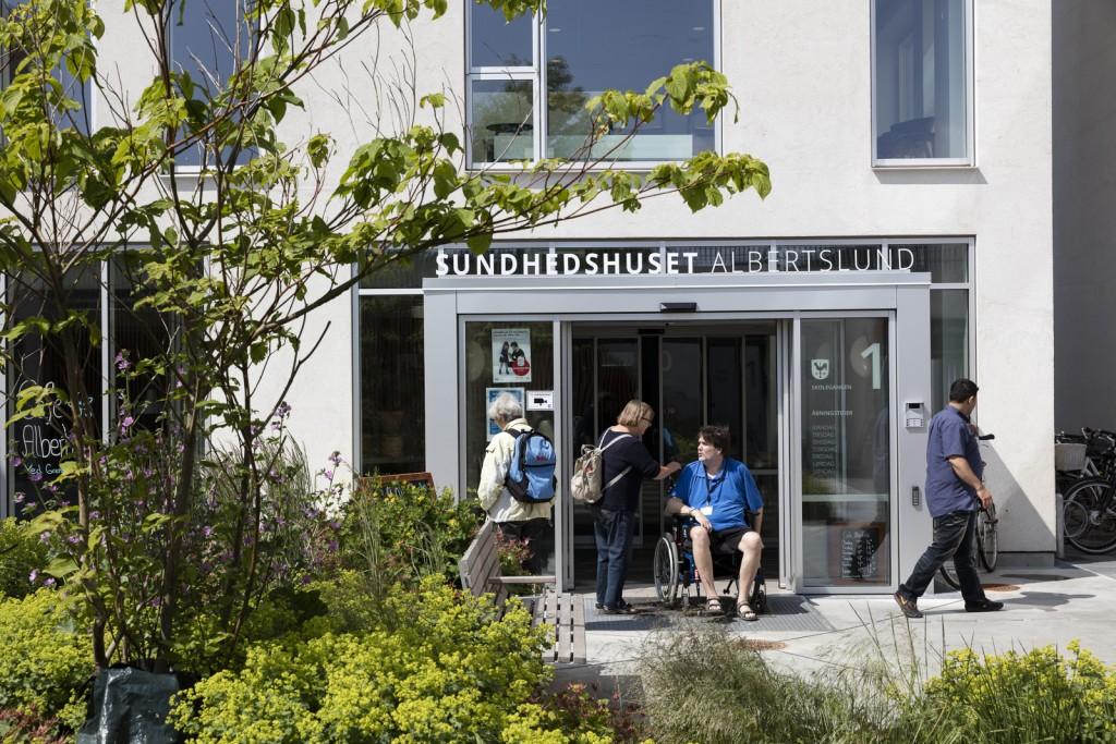 Indgang til sundheds hus og plejecenter_foto Torben Eskerod