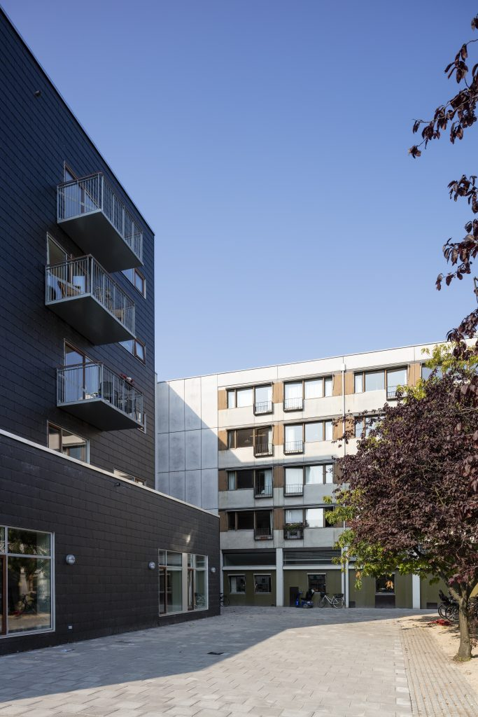 Ny facade møder gammel_foto Torben Eskerod