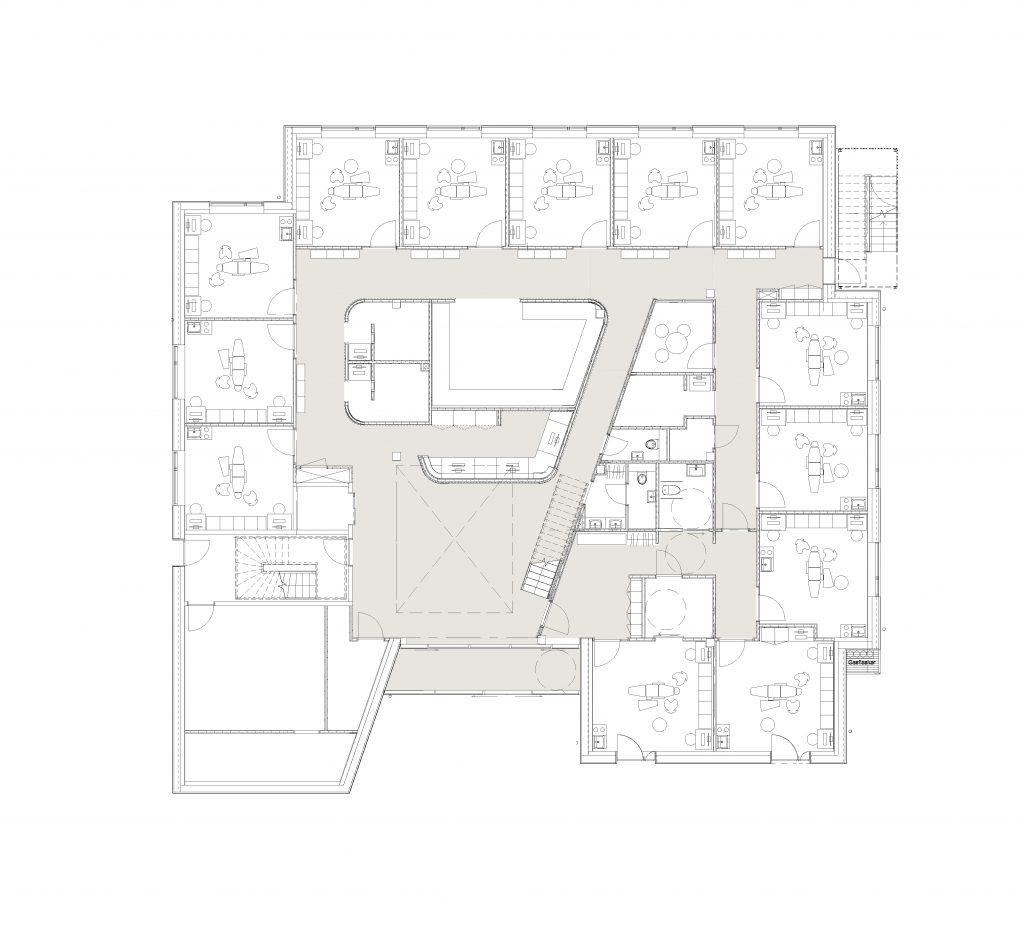 Plan af stueetage/ venteområde+ 13 klinikker
