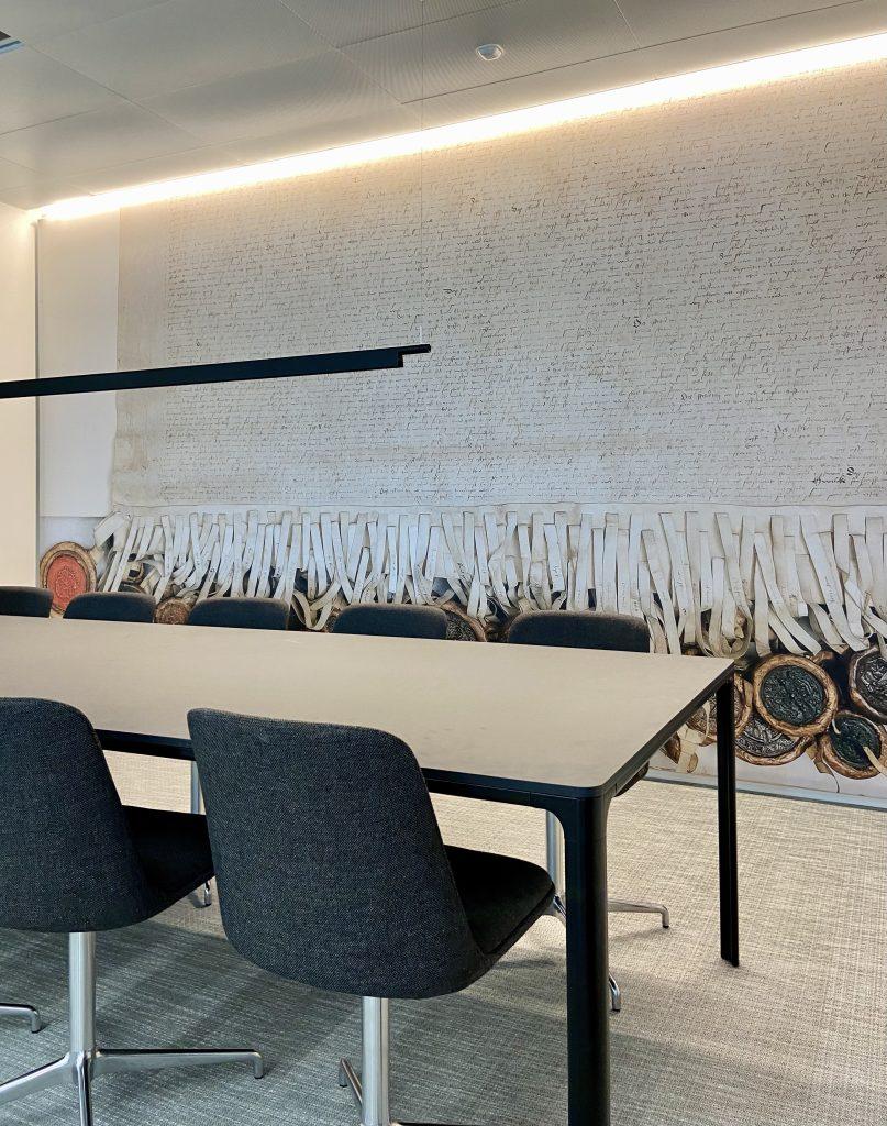 Akustikvæg i møderum